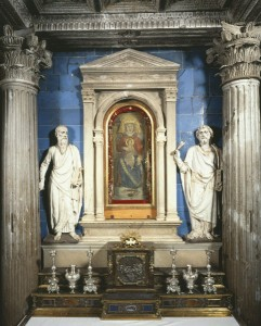 "Florentine, 11th century<br /><i>Tempietto della Madonna, ""The Impruneta""</i><br />Altarpiece painting on panel<br />S. Maria, Impruneta, Italy<br />Scala/Art Resource, NY"