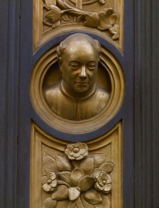 Lorenzo Ghiberti Self-portrait, detail from the east Baptistery doors (The Gates of Paradise), 1424–52 Bronze, diameter approx. 5.8 cm (2 3/10 in.) Baptistry of San Giovanni, Florence Erich Lessing/Art Resource, NY