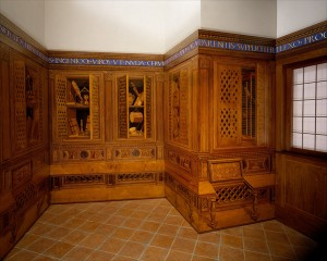 Designed by Federigo da Montefeltro, executed in the workshop of Giuliano da Maiano Studiolo from the Ducal Palace in Gubbio, c. 1478–82 Walnut, beech, rosewood, oak, and fruitwoods in walnut base, 485 x 518 x 384 cm (190 15/16 x 203 15/16 x 151 3/16 in.) Installed at The Metropolitan Museum of Art, New York Image © The Metropolitan Museum of Art, New York, NY